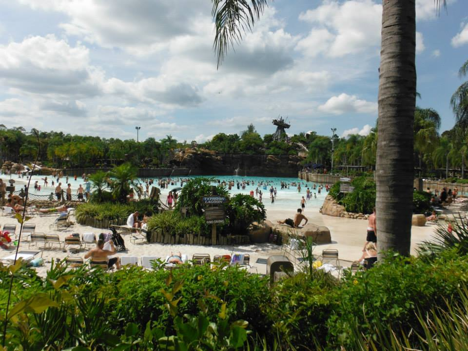 Wellenbecken in Typhoon Lagoon